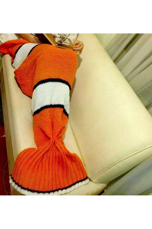 Плед в форме хвостика русалки и цвета Немо